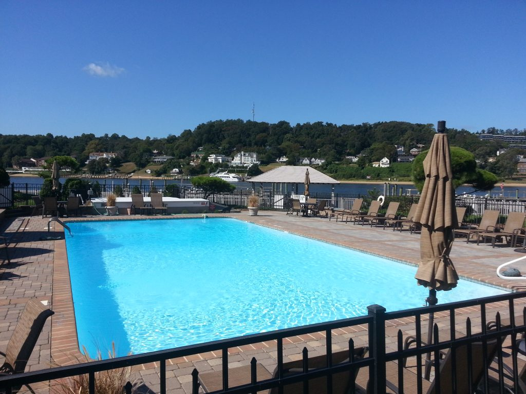 Overlooking the Shrewsbury River, Land's End offers residents this sparkling community pool.